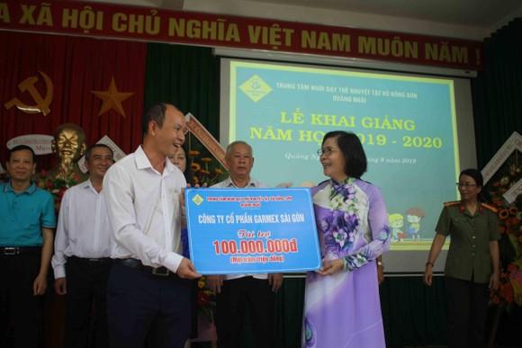 Hơn 3 tỷ đồng ủng hộ Trung tâm Nuôi dạy trẻ khuyết tật Võ Hồng Sơn ảnh 9