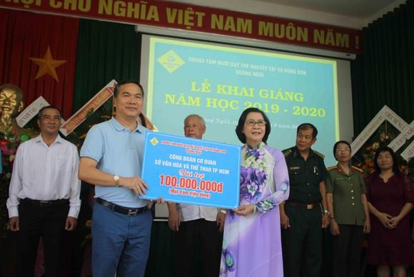 Hơn 3 tỷ đồng ủng hộ Trung tâm Nuôi dạy trẻ khuyết tật Võ Hồng Sơn ảnh 5
