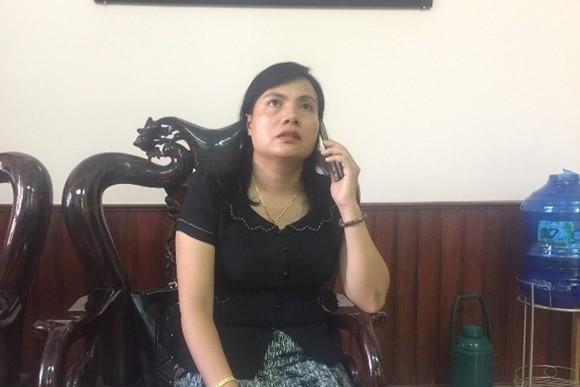 廣治省向化縣縣委書記、人民議會主席胡氏麗霞被革除職務。