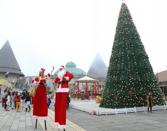 在巴娜山上舉辦冬日盛會。