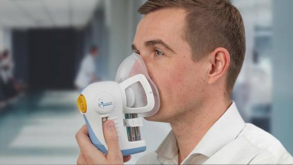 英國研究團隊希望通過試驗找到呼吸中的一些特徵,用於開展癌症早期檢測。(圖源:Cancer Reasearch UK)
