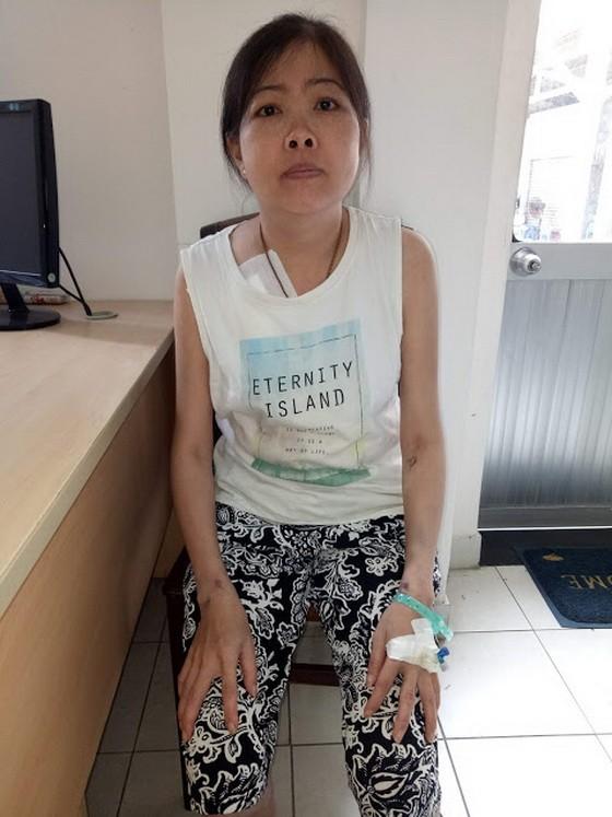 林美珠病倒後身體消瘦無力。