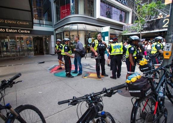 警方在現場調查。(圖源:AP)