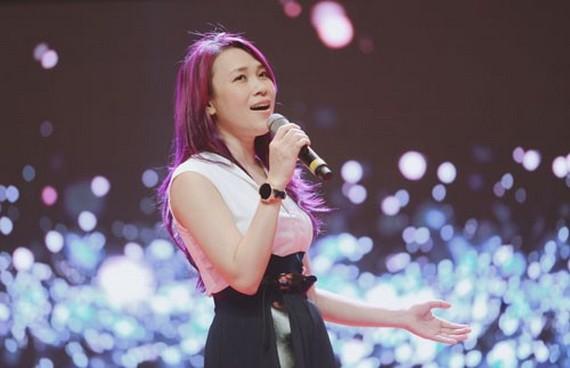 美心是網上出售音樂產品的歌手之一。