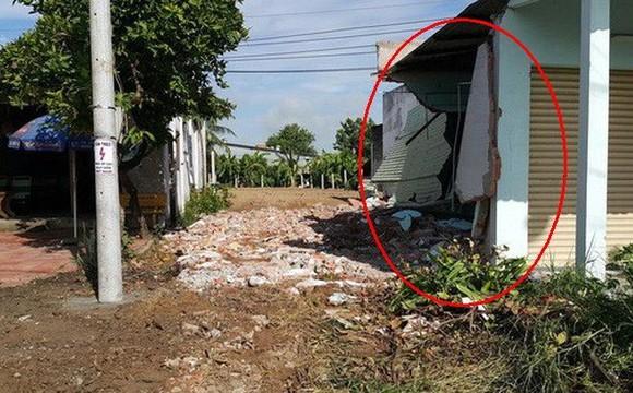 阿祿的房屋遭人破壞(紅圈示)。(圖源:黎維)