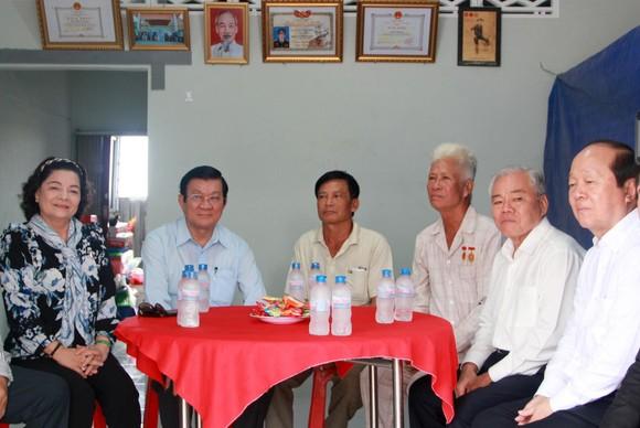 Nguyên Chủ tịch nước Trương Tấn Sang trao nhà chính sách tại Sóc Trăng ảnh 3