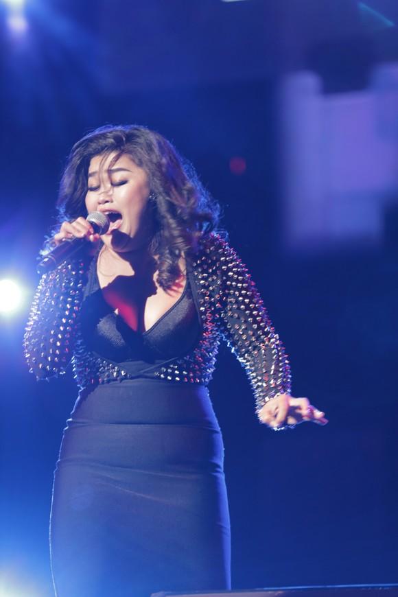 Bích Ngọc Idol tỏa sáng trên sân khấu quốc tế ảnh 1