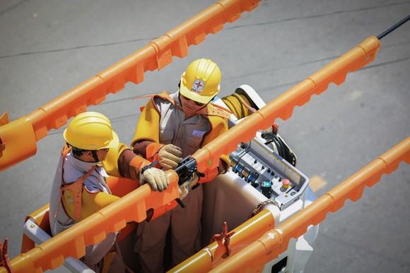 Điện lực miền Trung không cắt điện trong mùa khô và thời gian nắng nóng ảnh 1