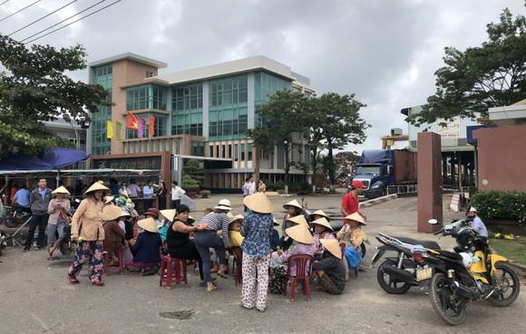 Đà Nẵng: Dân lại vây nhà máy thép Dana Ý  ảnh 1