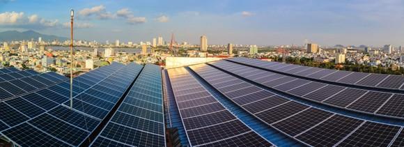 Nhiều hộ gia đình, hộ kinh doanh ở Đà Nẵng  lắp điện mặt trời áp mái