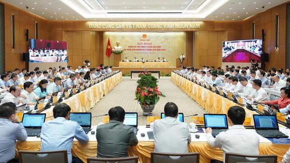 Sáng nay 4-7, Thủ tướng chủ trì họp trực tuyến với 63 tỉnh và thành phố ảnh 4