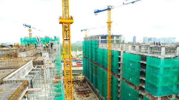 A low cost project under construction in HCMC (Photo: SGGP)