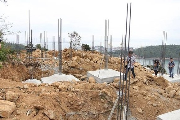 An under construction project in Son Tra peninsula