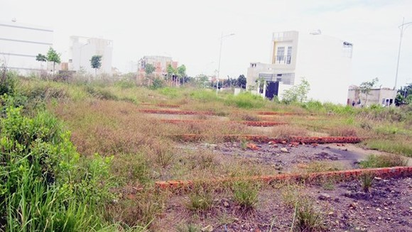 Housing land plots in Lo Lu street, District 9 (Photo: SGGP)