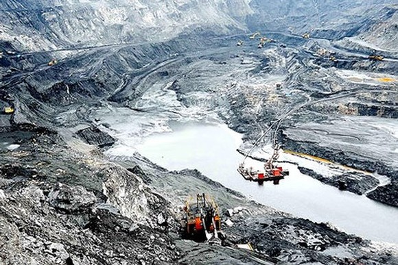 A coal mining field in Quang Ninh province