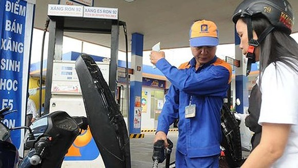 Oil prices have increased from 3 p.m. on January 4 (Photo: SGGP)