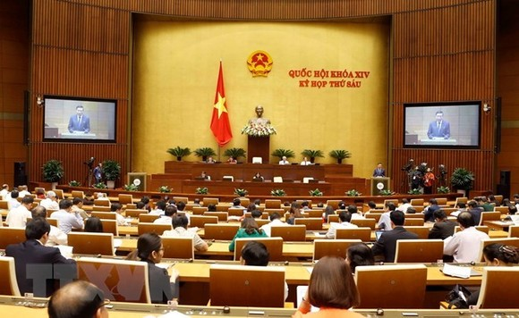 The National Assembly (NA) started the fourth week of its sixth meeting on November 12. (Photo: VNA)