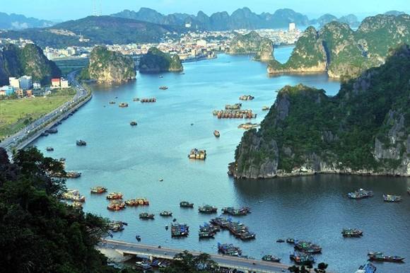UNESCO World Heritage Ha Long Bay (Photo: VNA)