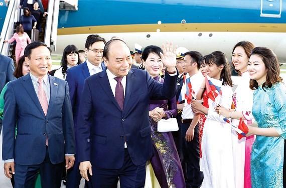 PM Nguyen Xuan Phuc at the Pulkovo 1 Airport in Saint Petersburg (Photo: VNA)