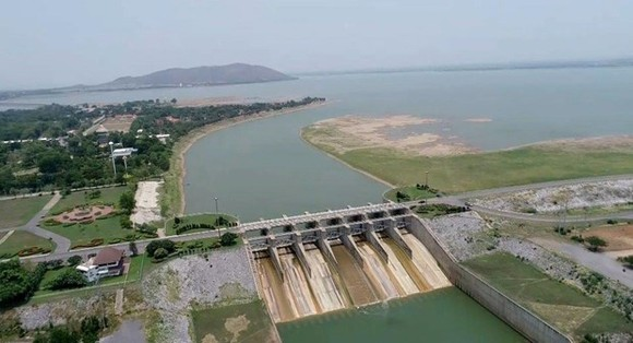 Thailand's Cabinet has given the go-ahead to a 20-year master plan on water resources management, aiming to solve drought, flood and wastewater problems. (Photo: thaivisa.com)