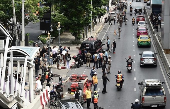 At the scene (Photo: AFP)