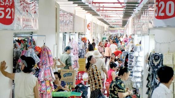 Binh Tay market, District 6, HCMC. (Photo: SGGP/HOANG HUNG)