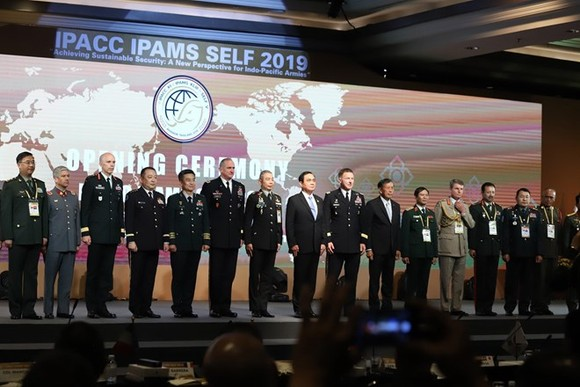 At the 11th Indo-Pacific Army Chiefs Conference (IPACC)in Bangkok, Thailand (Photo: VNA)