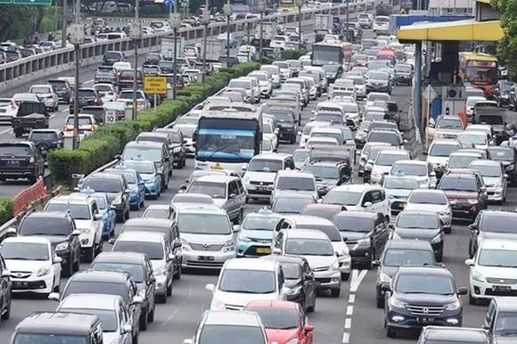 Traffic congestion in Jakarta (Source: The Jakarta Post)