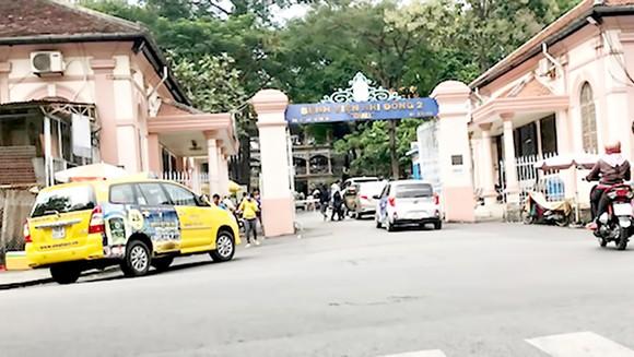Dự kiến trước cổng Bệnh viện Nhi đồng 2 (phía đường Lý Tự Trọng) sẽ có 1 điểm đón taxi cố định