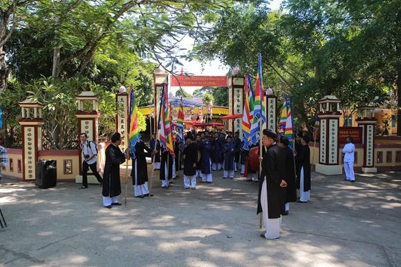 Độc đáo lễ hội Thanh Trà – hương vị xứ Huế ảnh 3