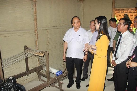 Thủ tướng Nguyễn Xuân Phúc thăm ngôi nhà Bác Hồ tại Huế ảnh 2