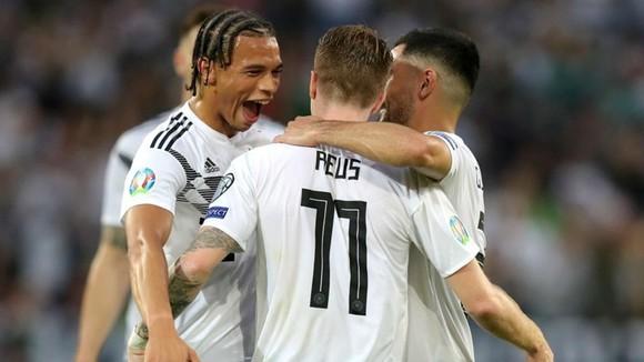 """Vòng loại EURO 2020: """"Xe tăng"""" Đức cày nát đối thủ, Italia hồi sinh mạnh mẽ ảnh 1"""