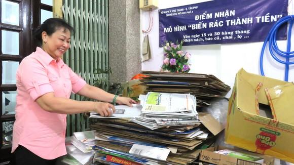 """Mô hình """"Biến rác thành tiền"""" được bà Tư Hậu khởi xướng và nay đã lan rộng trên địa bàn quận Tân Phú"""