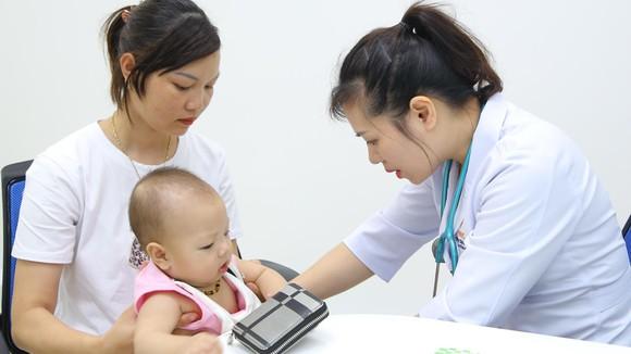 Trẻ được tiêm chủng tại Trung tâm VNVC Hạ Long