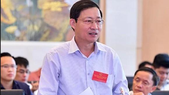 Ông Bùi Văn Cửu bị Ủy ban kiểm tra Tỉnh ủy Hòa Bình cảnh cáo vì để xảy ra sai phạm nâng điểm cho thí sinh. Ảnh: QUOCHOI