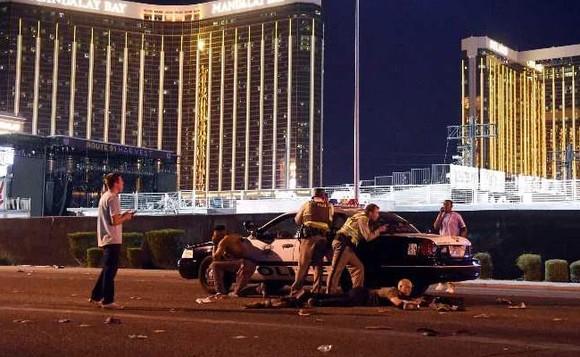 Xả súng ở Las Vegas: Ít nhất 26 người thương vong ảnh 4