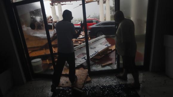 Florida tan hoang sau siêu bão Michael mạnh nhất kể từ năm 1992 ảnh 26