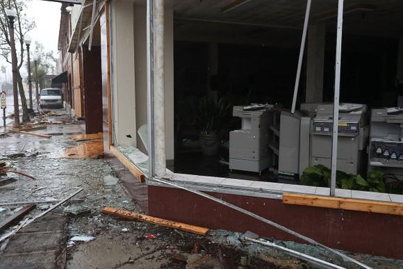 Florida tan hoang sau siêu bão Michael mạnh nhất kể từ năm 1992 ảnh 34