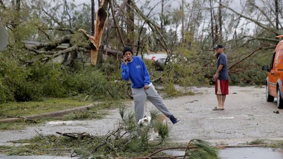Florida tan hoang sau siêu bão Michael mạnh nhất kể từ năm 1992 ảnh 44