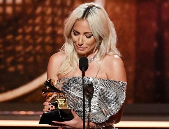 """""""Golden Hour"""" của Kacey Musgraves thắng giải Album nhạc đồng quê và Album của năm tại Grammy 2019 ảnh 6"""