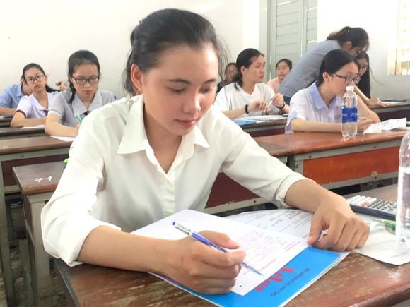 Các trường tổ chức tuyển sinh riêng: Được và chưa được  ảnh 1