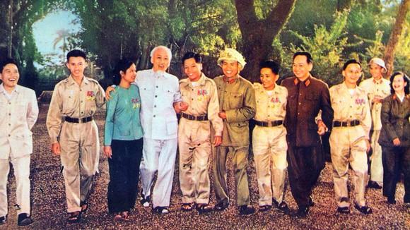 50 năm thực hiện Di chúc Chủ tịch Hồ Chí Minh: Học lại Di chúc của Bác Hồ ảnh 1
