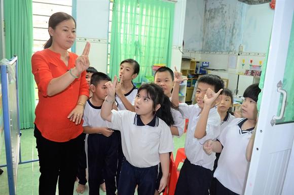 Giải thưởng Võ Trường Toản năm 2018:  Những người đưa đò thầm lặng   ảnh 1