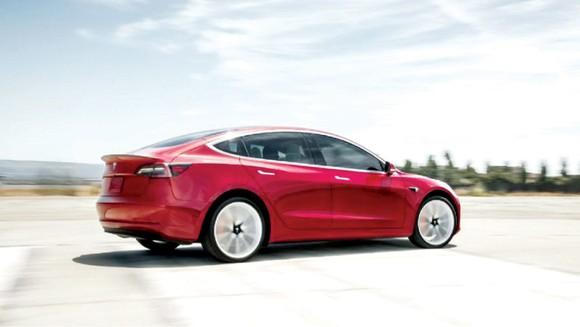Tesla bán xe giá rẻ ở Trung Quốc