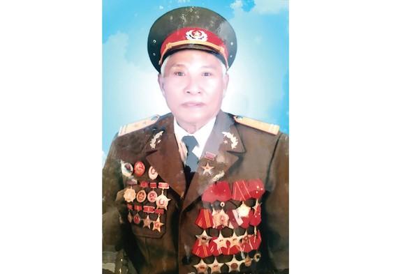 Đồng chí Trung tá Anh hùng Lực lượng Vũ trang nhân dân Võ Văn Mừng từ trần