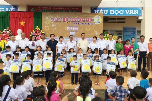 Saigontourist tổ chức ngày hội trung thu năm 2018 ảnh 2