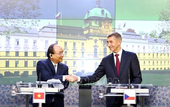 Thủ tướng Nguyễn Xuân Phúc thăm CH Czech: Dấu mốc quan trọng trong quan hệ hai nước ảnh 1