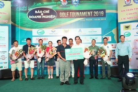 Giải golf Báo chí và Doanh nghiệp mừng ngày Báo chí Cách mạng Việt Nam ảnh 6