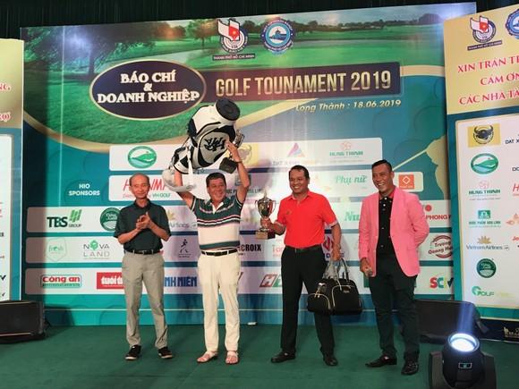 Giải golf Báo chí và Doanh nghiệp mừng ngày Báo chí Cách mạng Việt Nam ảnh 5