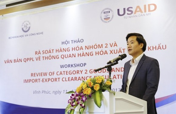 Nguyễn Hoàng Linh, deputy director of Directorate for Standards, Metrology and Quality under the MoST, speaks at the workshop. — Photo khampha.vn